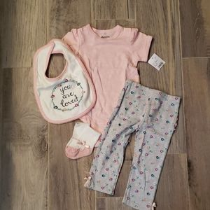 Baby girl short sleeves and pants set